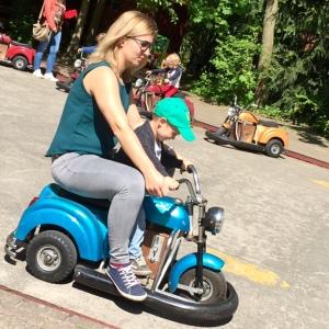 Ina_Mika_Motorrad